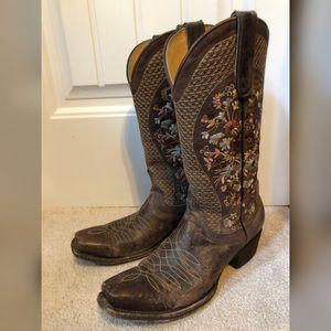 6f5573f6bb5 Women Cavender Boots on Poshmark